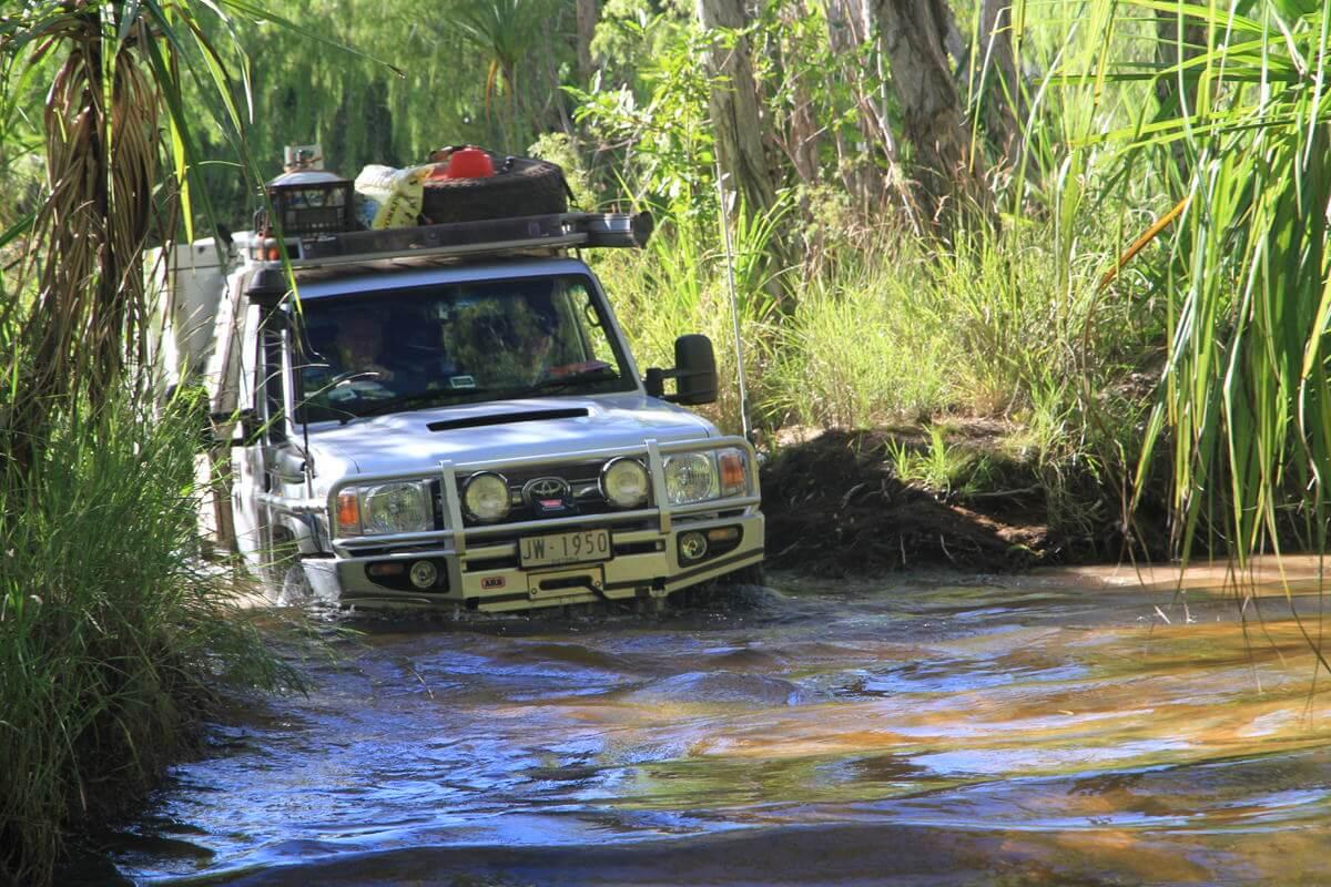 Reynolds River crossing east branch - Litchfield National Park Northern Territory Landcruiser 79 Series - Trayon Slide on Camper