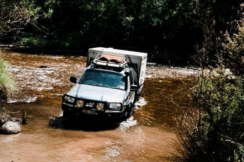 4x4 Mazda BT-50 Review river crossing
