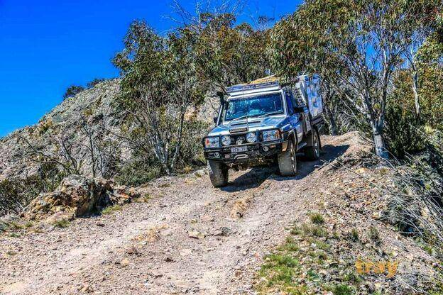 Toyota Landcruiser 79 Series Off road gravel with Trayon Slide on Camper - Australian Outback