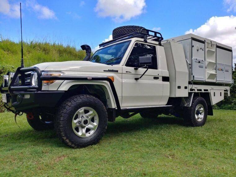 4x4 Expedition Vehicle - Australian Trayon Camper - Gullwing Landcruiser