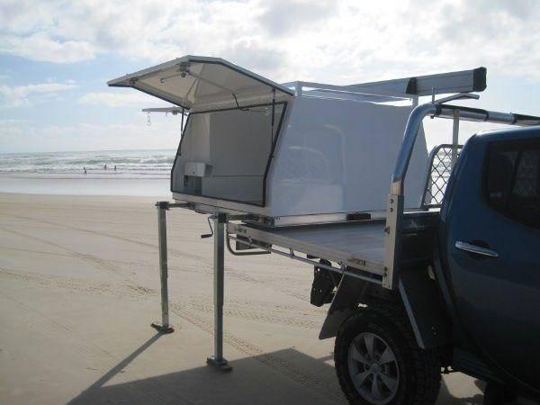 Example of jack off aluminium ute canopy