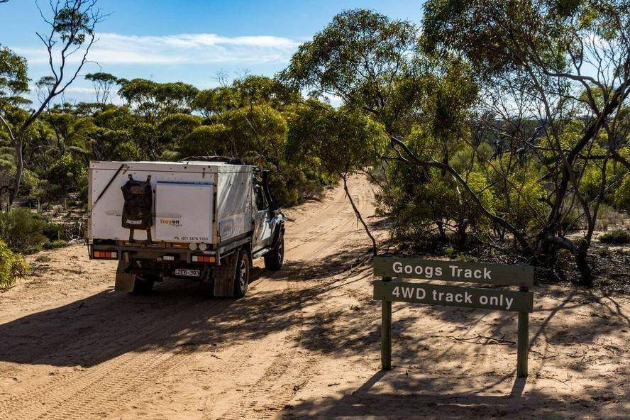 Googs Track 4WD only - Yumbarra Conservation Park Trayon Slide on Camper