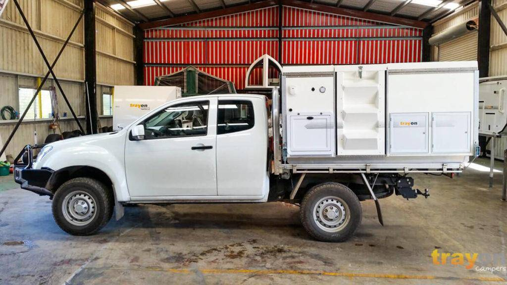 White Space Cab 2018 Isuzu Dmax 4x4 ute with Trayon Slide on Camper in Factory