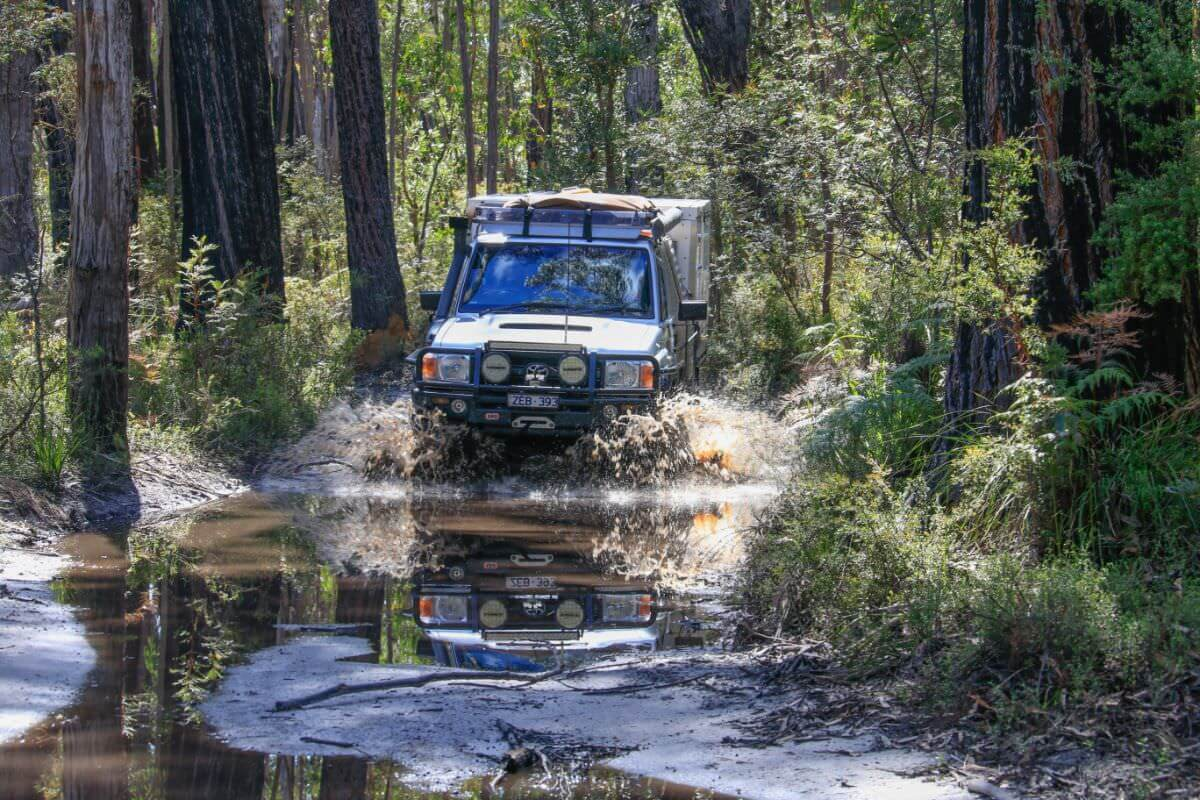 Croajingolong National Park - Cicada Track beside Thurra River, back along Point Hick Road. Toyota Landcruiser 79 Series Mud and River Crossing Trayon Slide on Camper