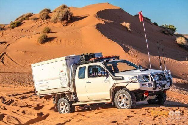 trayon camper slide on camper 4wd suspension sand dunes. Toyota Hilux Extra Cab Simpson Desert.